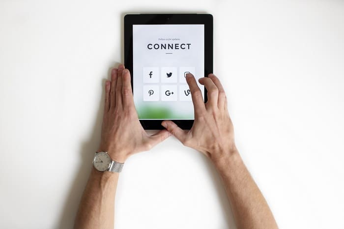 Why Do You Want To Integrate Social Networks to Your Business?